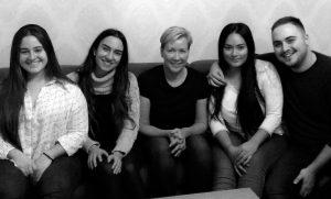 Kuvassa vasemmalta oikealle Andrea de Paz Mora, María González Baeza, Tiina García, Keyla Fernanda Ayala Montaño, Aitor González Romero